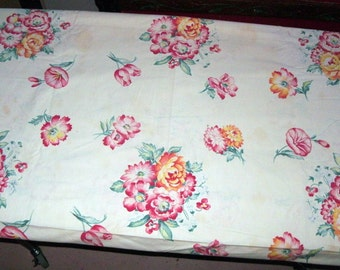 """1950s Vintage Cotton Floral Print Fabric, 48"""" x 101"""""""