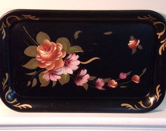 Vintage 1940's/1950's   Fine Arts Studio Hand Painted Tole Tray