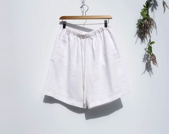 Vintage 90s Shorts High Waisted Shorts Wide Leg Shorts White Linen Shorts White Shorts Bermuda Shorts Medium M