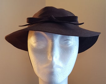 Vintage hat, Trio Model label hat, Size 22, Brown Wool Felt bowler derby with bow, stitching and chin cord