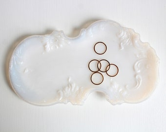 Vintage Ring Dish, White Ring Dish, Vintage Milk Glass, Milk Glass Dish, Milk Glass Ring Dish, Opalescent Dish, Jewelry Dish, Trinket Dish