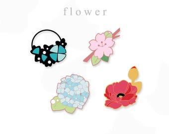 fleurs (enamel pins)