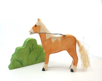 Waldorf Wooden Horse Toy, Bio Toy, Animals, Zoo, Handmade wooden toy, Toys for Kids, Gifts, Partyfavors for Boys and Girls, Birthday present