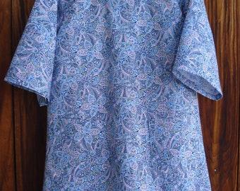 SIZE 6-8 The Mama San Mamasan Kappogi Full Coverage Smock Apron - Blue Floral Paisley Print - Size X-Small (6-8)