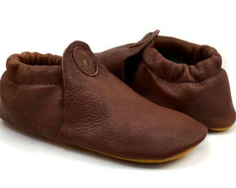 "Elk Leather Moccasins - Brown Leather Moccasins - Elk Leather Slippers - Soft Moccasin Slippers - Adult Softstar ""Roo Moccasin"" Style"