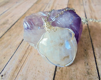 Moonstone Necklace, Silver Moonstone Necklace, Moonstone Jewelry, Womens Gift, Womens Jewelry, June Birthstone, Rainbow Moonstone