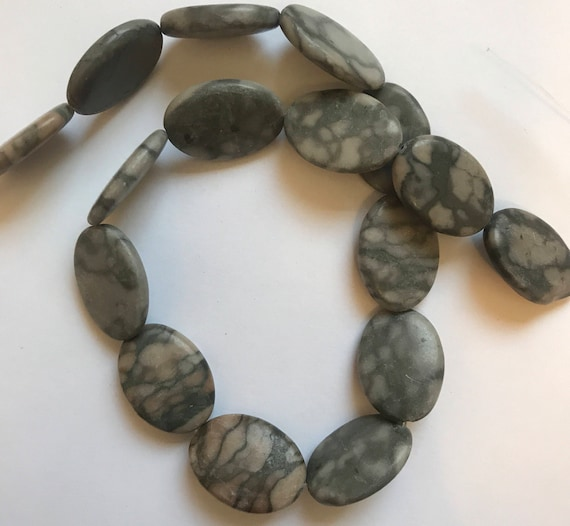 "1 Strand of Marble Beads, 15"", about 16 Pieces, Canyon, Black and Gray, Treated Gemstone, Large Size, 24mm, Oval Shape, G4"