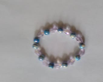 Blue speckled with white and pink beaded bracelet