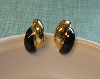 Gold and Black Clip-On Earrings Vintage Jewelry and Accessories