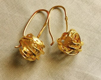 Knots earrings, Gold plated on Sterling