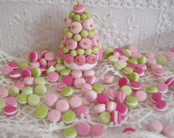 1 lot of 25 macaroons made of polymer clay with 5 flavors