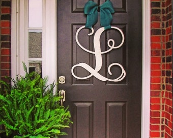 Custom Single MONOGRAM door hanger / BURLAP bow/ House warming gift/Script/chevron/Initial/wooden/wedding gift/front door decor/nursery wall