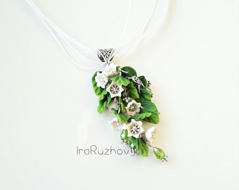 Lily of the valley pendant, Flower bunches