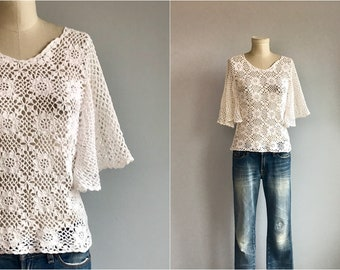 Vintage Crochet Top / 1970s Hand Crochet White Lace top with Butterfly Sleeves