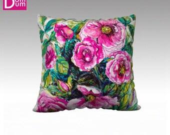 Cushion cover on grounds of wild roses, Velvet