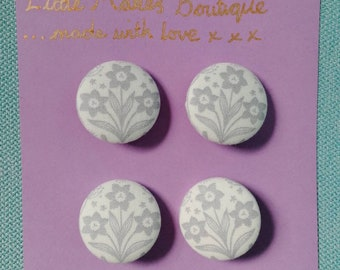 Floral fabric buttons