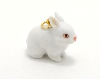 Miniature Ceramic White Rabbit Glass Terrarium Glass Filler Hand Painted Porcelain Charm Terrarium Supplies Jewelry Making Supplies (AT122)