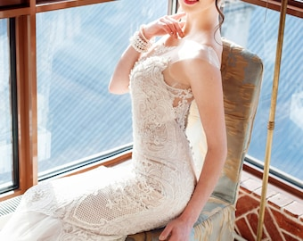 Unique bridal gown, Sleeveless Wedding gown, Modern Wedding Dress, Elegant Mermaid Wedding Dress, wedding gown low back,mermaid wedding gown