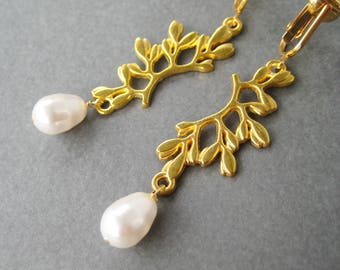 Golden Branch Pearl Clip-on Earrings, White Pearl Teardrop Dangle Earrings for Non Pierced Ears, Gold Ear Clips, Nature Wedding Clips, Grove