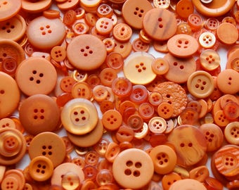100 Orange Buttons, Brunt Orange, Pumpkin Orange Buttons, Assorted sizes Sewing,Crafting Buttons (1535)