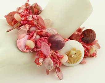 Beadwork Bracelet and Sterling Silver Earrings Coral PInk Peach with Scallop Shell Button 'Tropical Vacation'