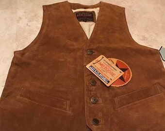 Vtg. Deadstock bomb buggie sz M Brown suede leather vest