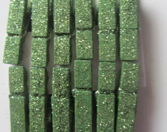 set of 12 pins, glitter wooden clothespins lime green - 3.5 cm