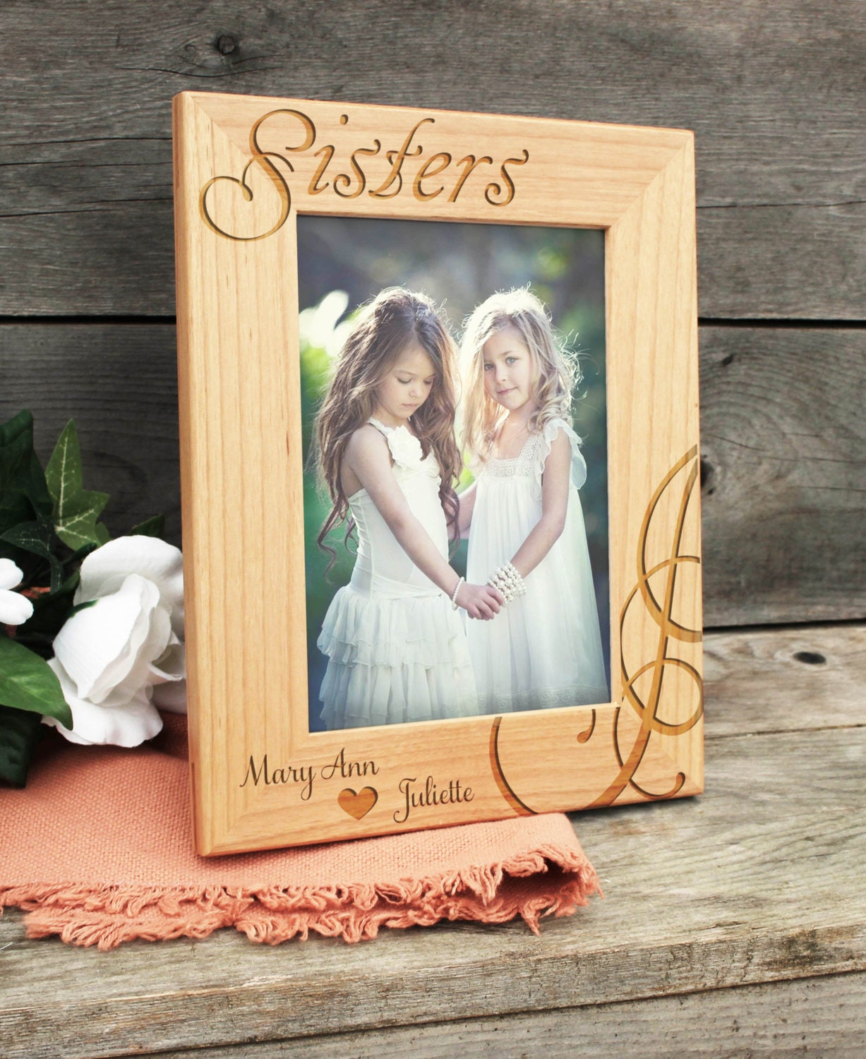 M - Picture Frame With Nameplate Design Mr. Mrs. in Photo frame with nameplate