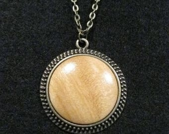 Yellowheart Necklace