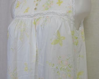 Old Fashioned  Nightgown Summer Cotton Blend Nightgown White Nightgown Medium
