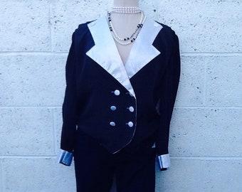 Vintage black/white tiny Polkadot blouse