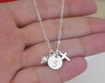 Personalized First Communion Necklace, Dainty Initial Disc Cross Necklace, Teeny Tiny Cross Necklace, Cross Initial Pearl Necklace, Custom