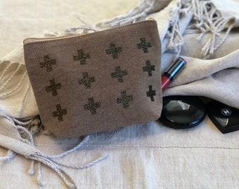 Swiss Cross Heritage Canvas Brown Zippered Cosmetic Bag with Gusset, Custom  Makeup bag, Toiletry storage bag, bridesmaid gift, wedding