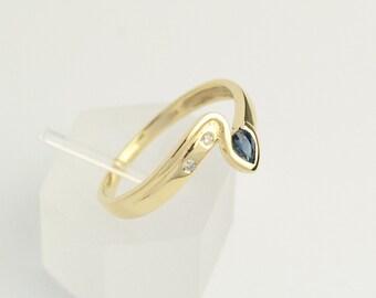 A pleasing Sapphire diamond RING, 585er-GelbGold,... Sapphire ring... Diamond ring