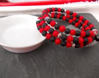 """Black and red"" fashion bracelet"