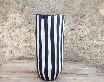 Ceramic vase, black (deep blue) and white organic design. Vertical lines.