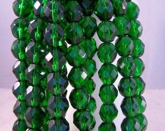 GREEN GIANT 8mm Green Emerald Firepolish Czech Glass Faceted Round Beads - Green Emerald Kelly - Qty 25 8-009