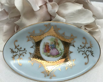 Oval Ring Dish / Pin Tray Victorian Style Gold Gilt Enterprise Exclusive Toronto Canada Vintage Decor - #A1591