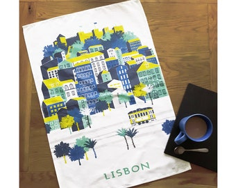 Lisbon Tea Towel / Castle Tea Towel / Portugal Tea Towel / Wanderlust Gift / Castle Print / Gift For Travellers / Travel Gift / Retro Travel