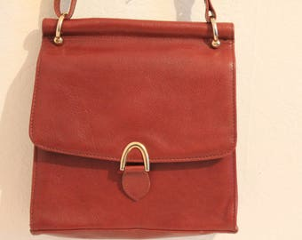 A Lovely Vintage 1980's Reddy Brick Brown Real Leather Shoulder/ Messenger Bag