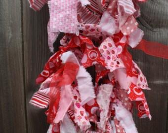 Fabric & Twine Valentine's Day Pink/Red/White Garland / Party Garland