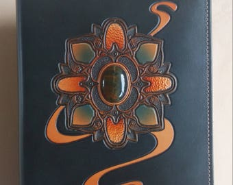 "Leather Journal / Sketch Book / Refillable / 5""x 8"" / One of a Kind"
