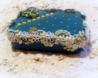 Altered Altoid Tin,  Measures 3 x 2.50 x .50 inches, One of A Kind, Turquoise, Gift Card Box, Keepsake Box,  Mint Tin