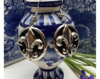 Earrings Fleur De Lis Siver Black Enamel