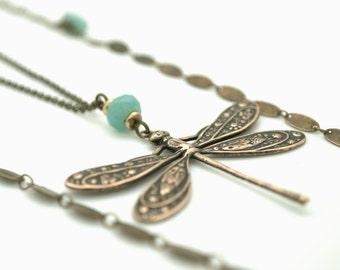 """Sautoir """"Demoiselle du lac"""" Grande et petite libellule amazonite pierre fine semi-précieuse bleue vintage romantique art nouveau"""