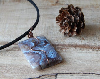 Modern Minimalist Necklace for Women, Crazy Lace Agate, Wire Wrapped Stone Pendant, Rock Necklace, Gifts, Everyday Jewelry, Simple