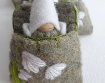 Flower Fairy in Snowdrop Pouch, Spring Toy, Easter, Waldorf Gnome Baby, Snowdrop Flower, green, sage, white, wings, eco toy