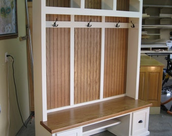 Captivating Entryway Furniture, Mudroom Cabinets, Hall Tree With Bench, Coat U0026 Hat Rack.