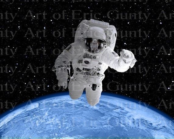 Spaceman Floating Astronaut Birthday - Edible Cake and Cupcake Topper For Birthdays and Parties! - D24022