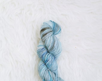 cloud atlas - MCN dk weight yarn - merino cashmere nylon